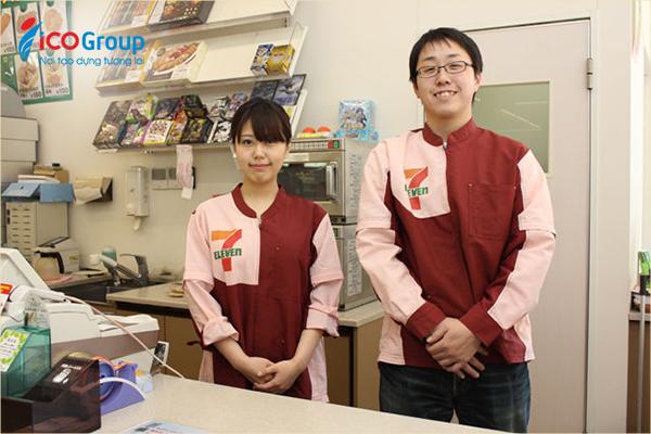 Du học sinh Việt Nam tại Hàn Quốc có thể làm thêm ngoài giờ học đủ trang trải sinh hoạt phí.